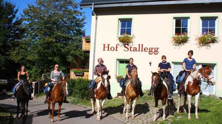 2 Wanderreitgruppe Stallegg